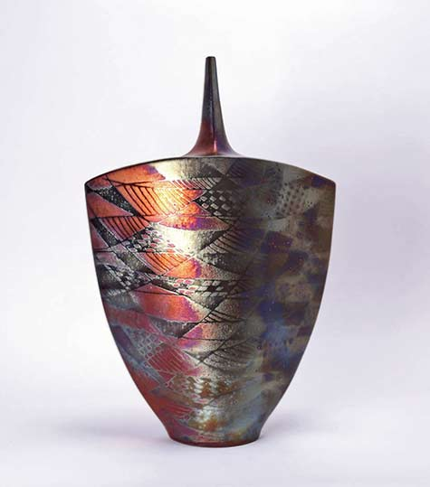 Joan-Carrillo contemporary ceramic bottle