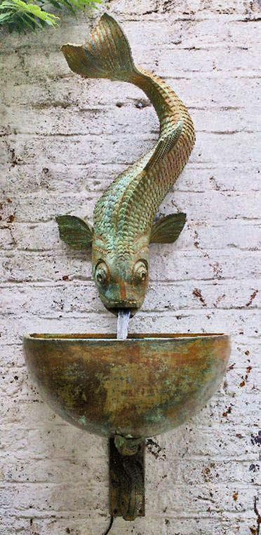 Fish wall sculpture Lucy Smith