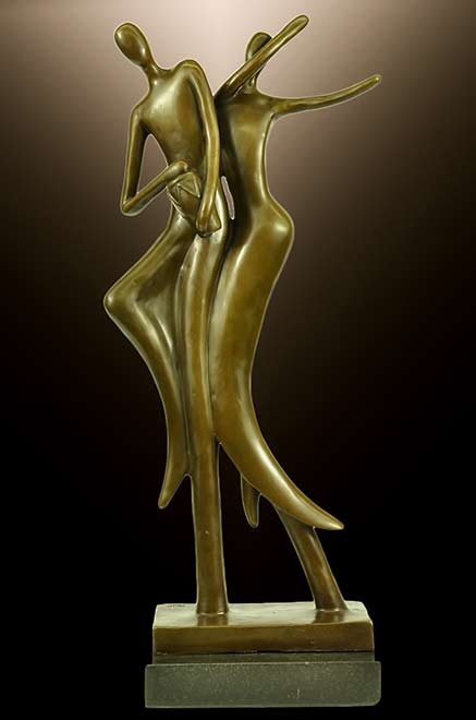 bronzestatue of a male and female calypso dancers