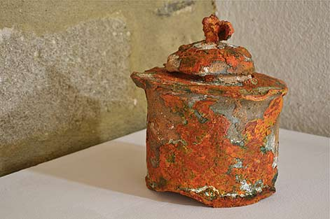 Caroline-Chevalier orange lidded jar