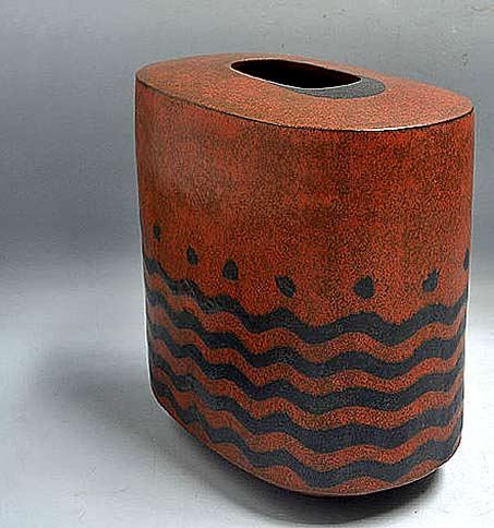 Morino-Taimei-rust-red glaze vase oval shape with flat sides