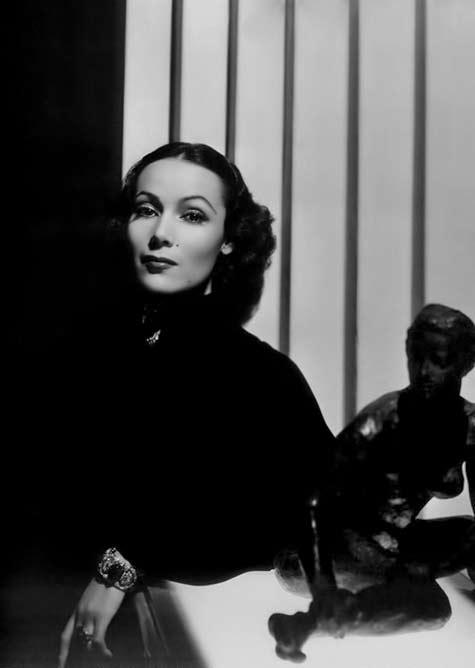Dolores-Del-Rio-face of Art Deco