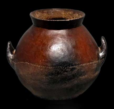 Nuna pottery vessel with twin handles
