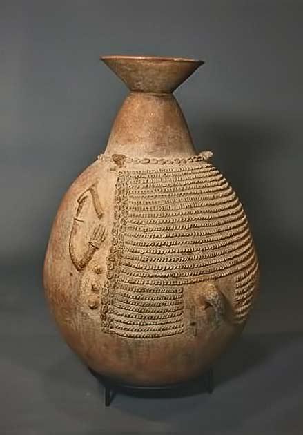 Bana people spirit vessel