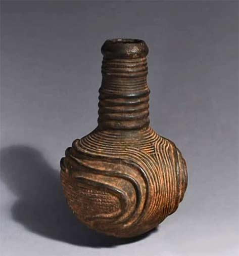 Ceremonial pottery bottle, Zande,Conga