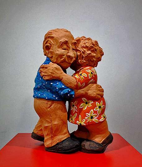 Alejandra-Franco-Dancers-2013 - clay figurine of an eldery couple dancing