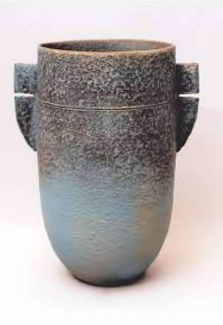Bernado-Hogan-contemporary-vase - blue gradient glaze to black speckles
