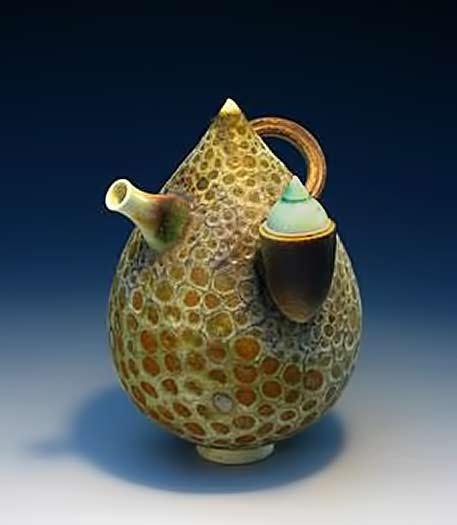 Geoffrey-Swindell-teardrop teapot