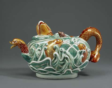Meissen-porcelain teapot with swimming fish and sea serpent