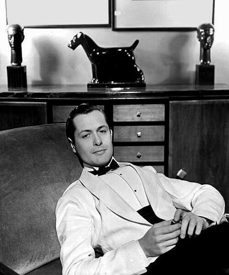 Robert-Montgomery-with Art Deco scotty dog