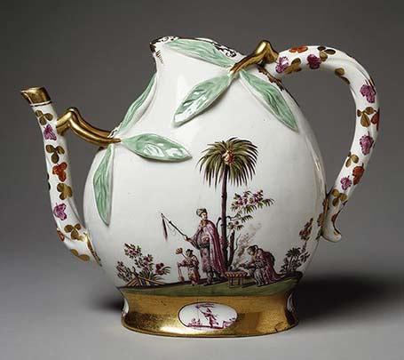 German Meissen porcelain teapot