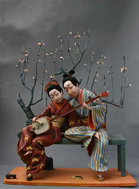 love-playing-on-a-shamisen - seated Oriental couple - Larisa-Churkina