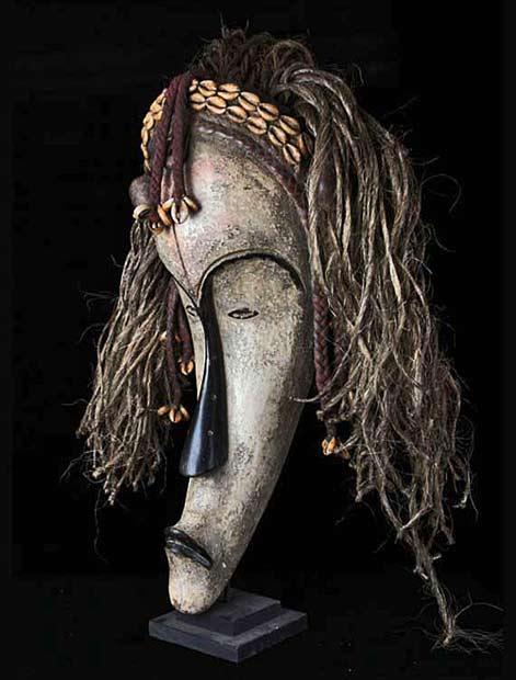 Gabon long Fang mask