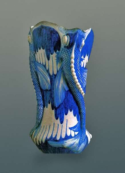 Galileo-Chini-italian vase in blue and white with fish edges