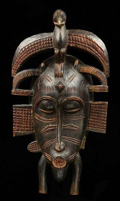 Maske 'kpelié' from the Senufo people