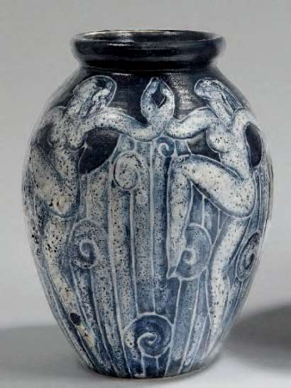 Vase with dancers-in-bluish-white-tones-bubbled-with-fountains-gushing-dark-blue.Edourad-Cazaux