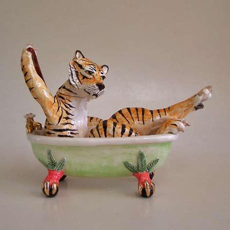 Andrew-Richmond,-Bath-Time - tirger in bath teapot
