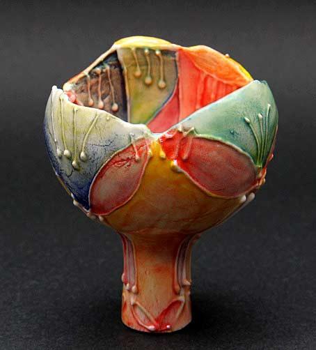 Nagakino-No-Yoshiko ceramic vessel