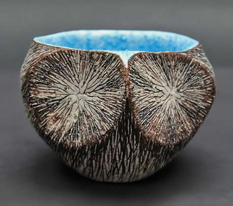 Shinya-Tagami-Kyoto-tea-bowl with turquoise interior