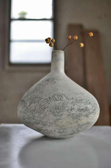Yoko Komae unglazed ceramic bottle