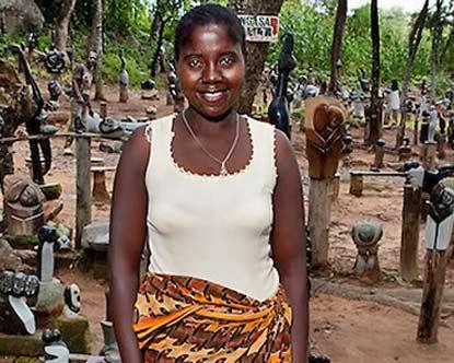 Female Shona sculptor Angasa-Amali----Tengenenge-Art-Community
