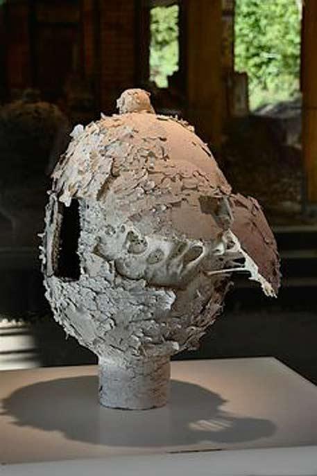 Jean-François-Bourlard ceramic sculpture vessel