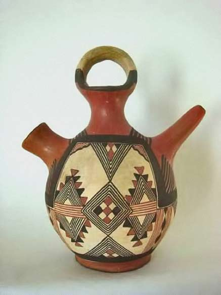 Berber water vessel, with geometric motif - Kabylie, Algeria