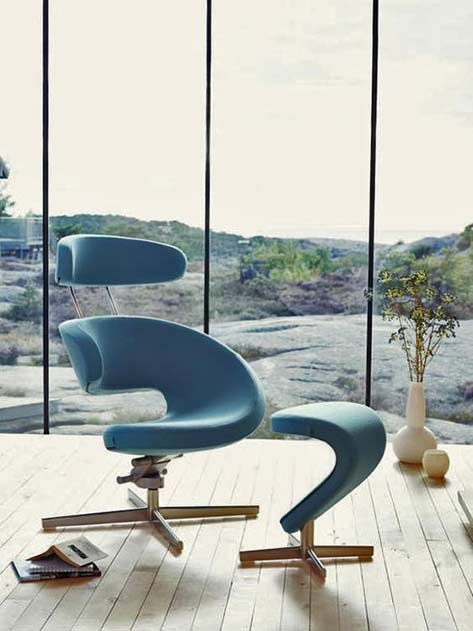 Turquoise Peel chair from Varier Furniture