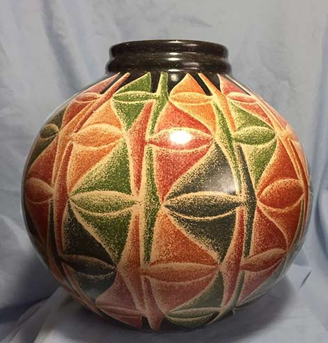 Pottery Vase by Miguel Angel Calero Nicaragua
