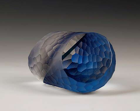 A-Lack-Thereof-laminated-and-carved-glass sculpture Nathalie-Houghton