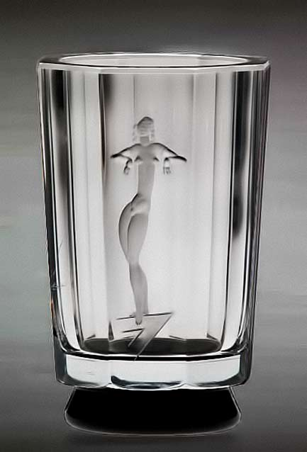 Art Deco vase with etched nude female by Simon Gate, Orrefors, Sweden, around 1932.