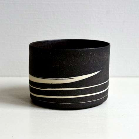 Black-marble-Chawan-the-tea-cup-bronze-by-WakakoSenda