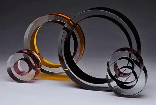 Fay-Miller-glass-sculpture combined glass circles