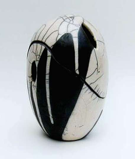 Jo-Killen-ovoid-Raku-vessel in black and white