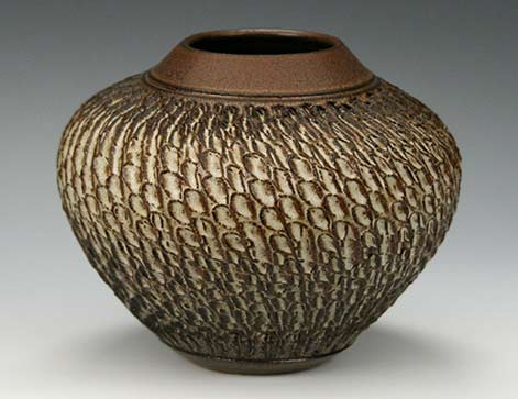 Lee-Middleman-elegant ceramic-vase