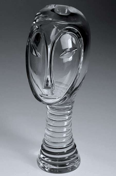 , Vicke Lindstrand -- Kosta Year '50s Size h.9inches Carved and polished sculpture of an African head.