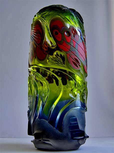 Maciej-Dyszkiewicz-abstract-carved glass glass sculpture