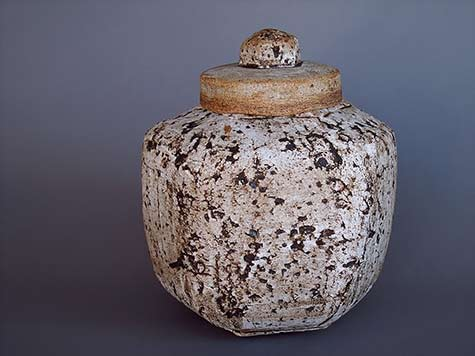 Mark-Hendrickson-lidded ceramic-jar