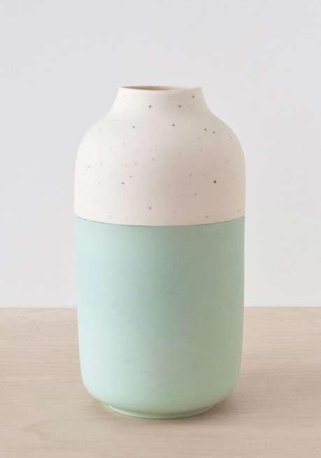 Rimma-Tchilingarian-design-studio ceramic vessel