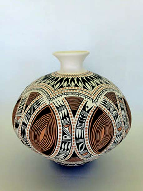 Rowan-Harrison--ceramic-pot