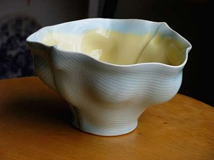 Scott-Jennings - porcelain-footed-bowl in blue and yellow