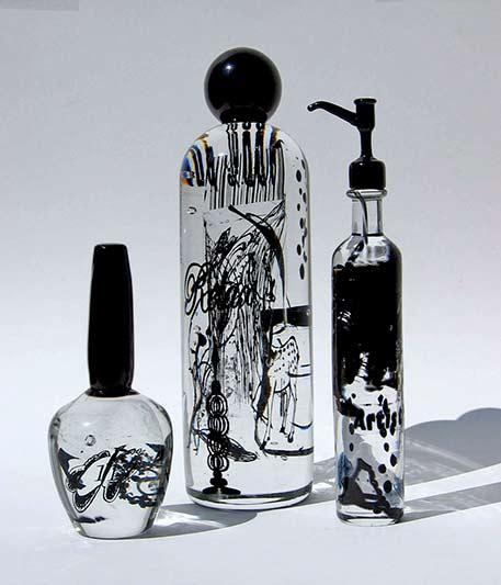 Susan Stinsmuehlen Amend,- Common Vessels, Toilette