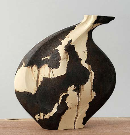 The-Seed---Mixed-Clay---Ceramic-Sculptural-Vessel--Beverly-Morrison
