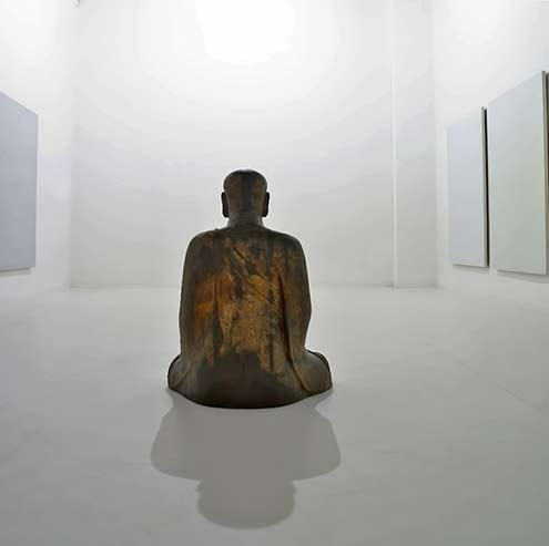 Artempo where time-becomes-art Buddah statue
