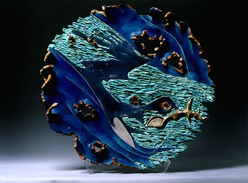 Yumi-Kiyose-ceramic-plate in blue and turquoise