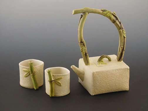 Yumiko-Aso-ceramic-tea-set Bamboo style handles