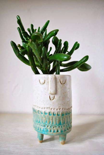 hand-made tiny planters with succulents from the talented creative London based Stella Bagott