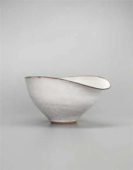 Lucie Rie ceramic bowl