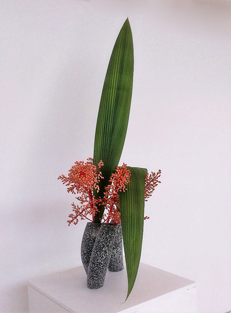 Bromeliad flowers-and-leaves-ikebana---2016