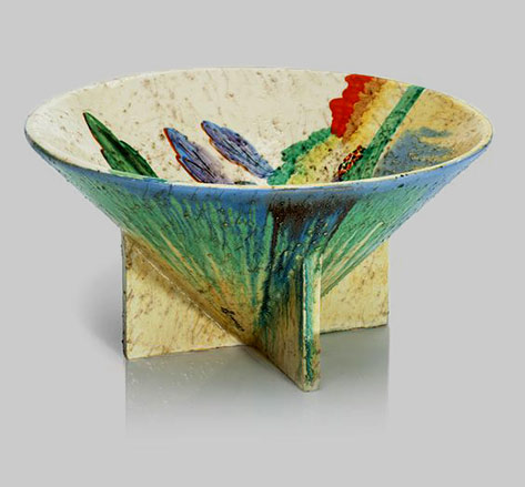 clarice-cliff-centerpiece-bowl--In-the-'Bizarre'-'Patina-Country'-pattern,-shape-383-9-in.-(23-cm